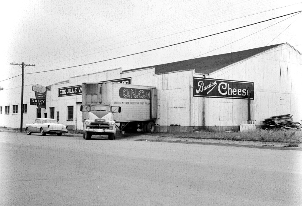 Coquille Valley Dairy Co-op, 1958