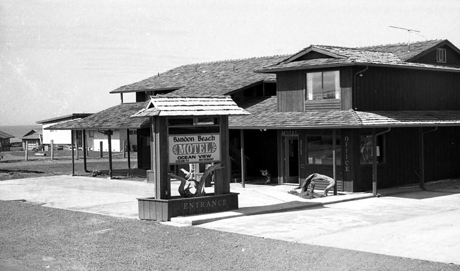 Bandon Beach Motel