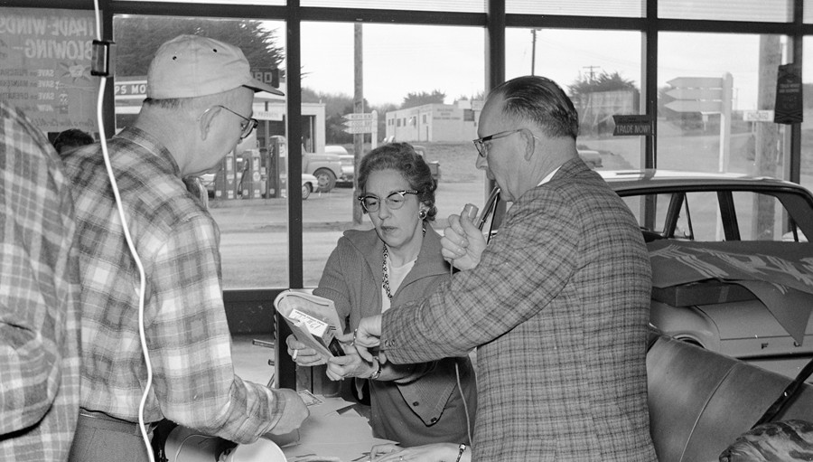 Bandon Lions Club March of Dimes auction, 1963