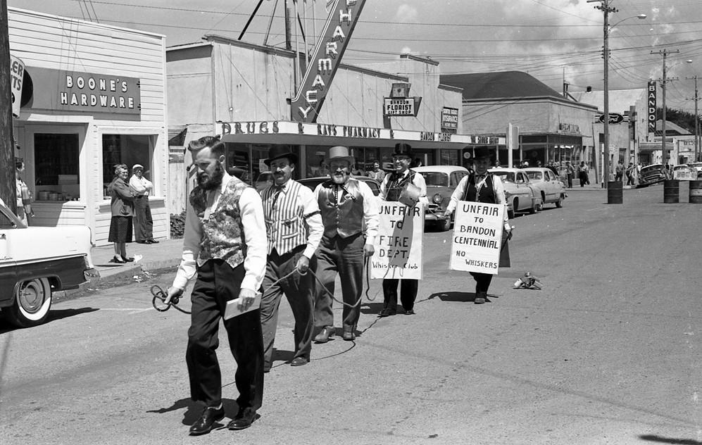 Oregon Centennial parade, 1959