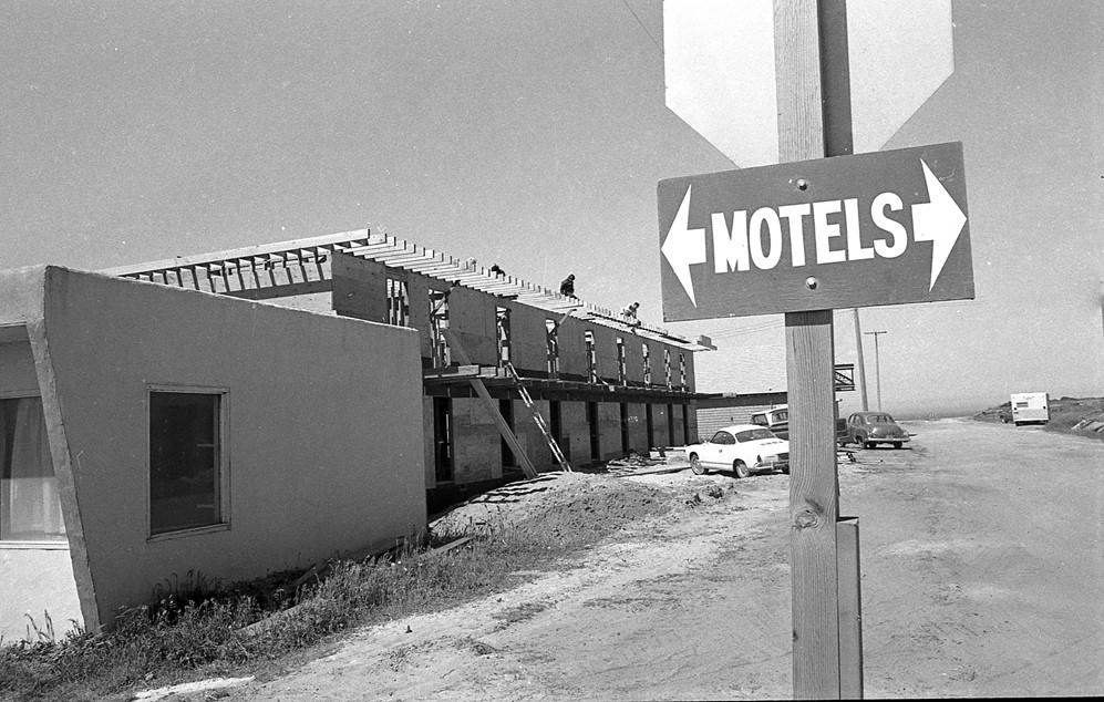 Motel construction, 1972