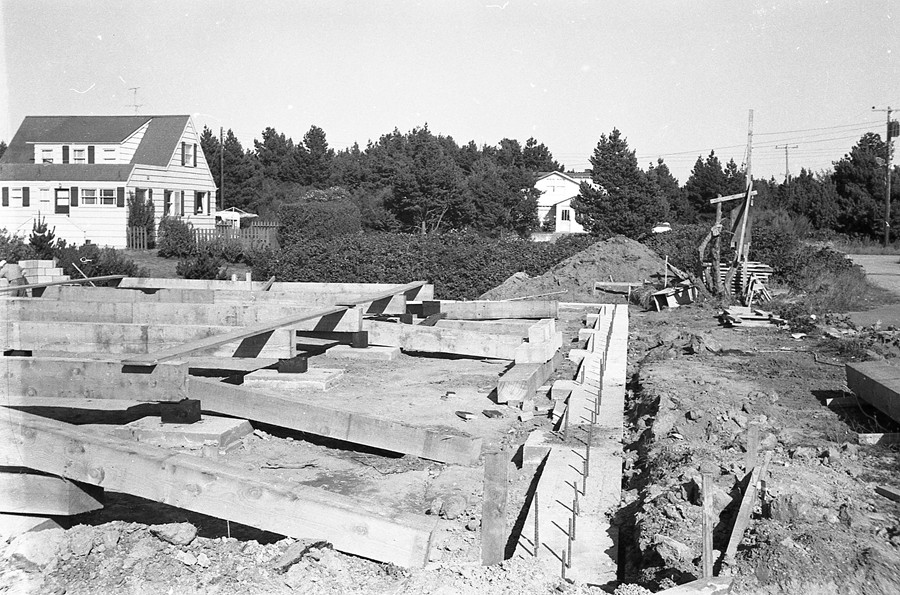 New foundation for the Shindler's Drug Store, 1961