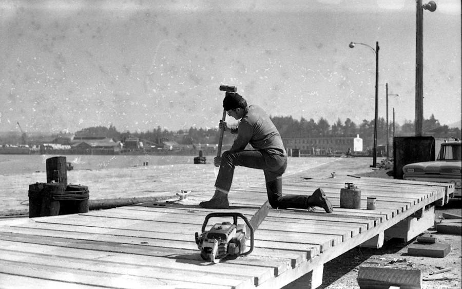 Building docks, 1971