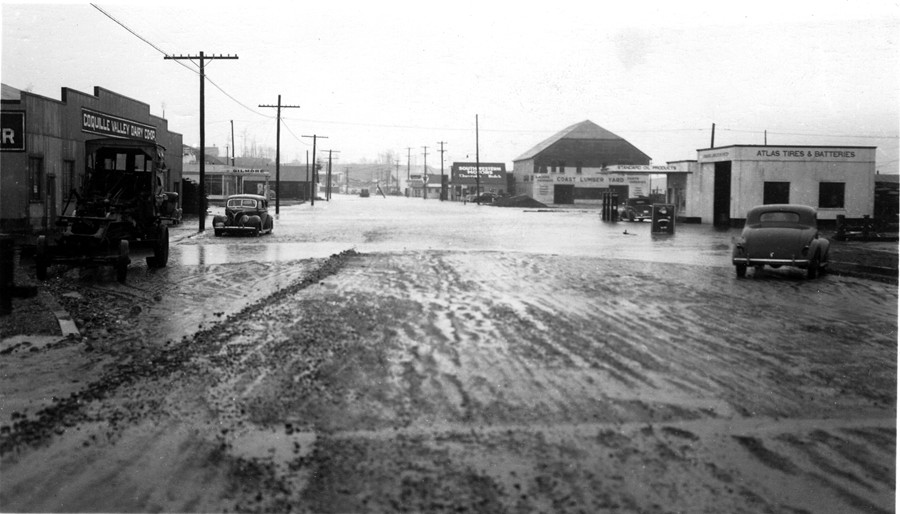 Ferry Creek overflowed its banks 1940