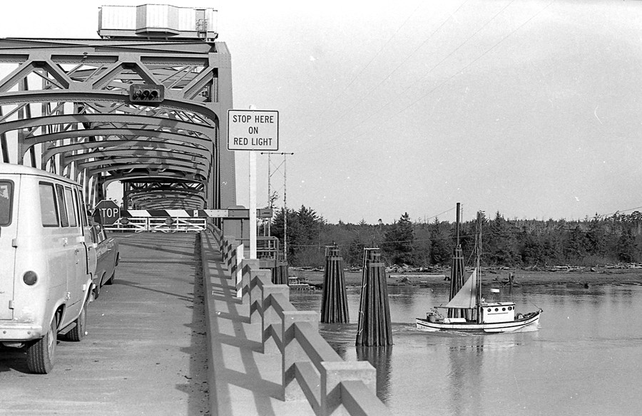 Bullards Bridge opening, 1968