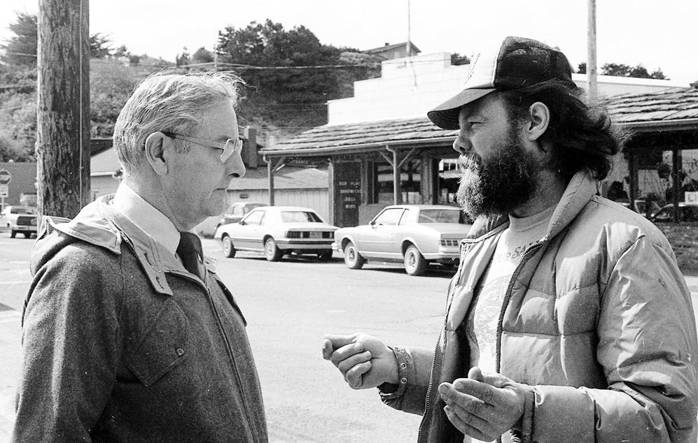 Governor Vic Atiyeh & Frank Tucker, 1981