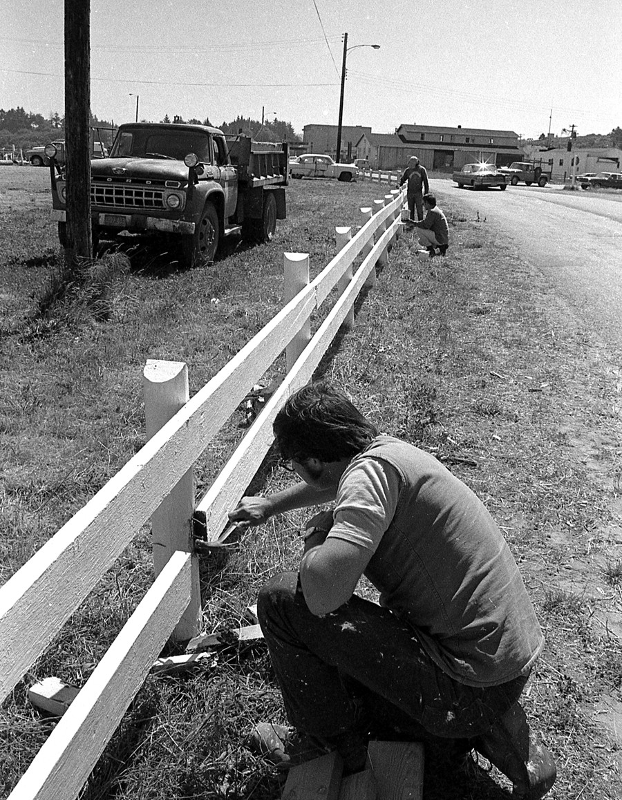 Repairing a fence, 1972