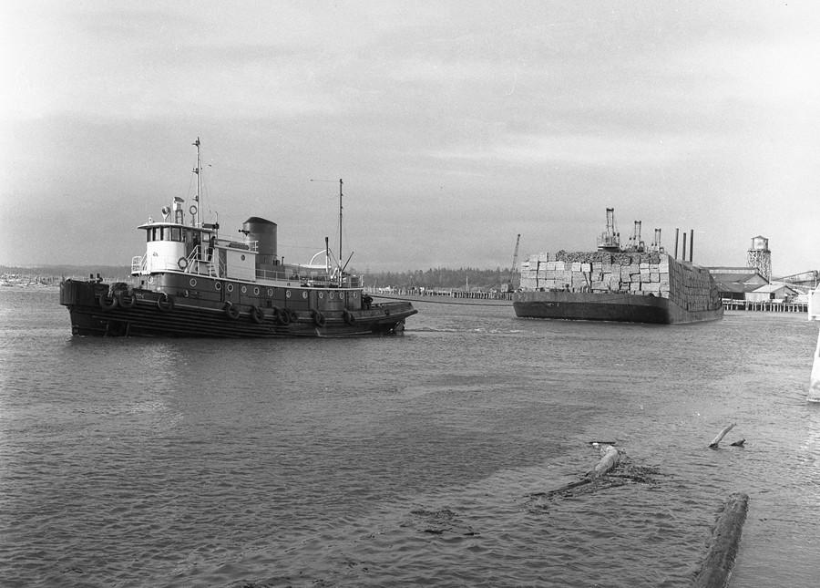 Dredge Pacific, 1958