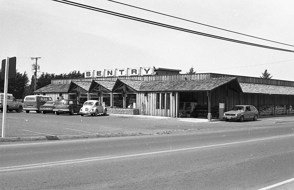 Sentry Market, 1977