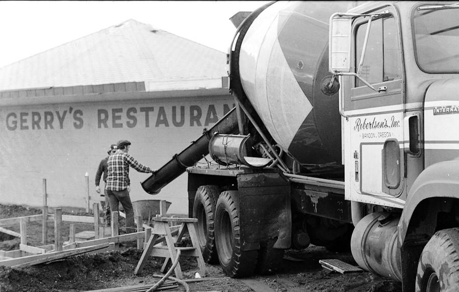 Pouring concrete, 1977