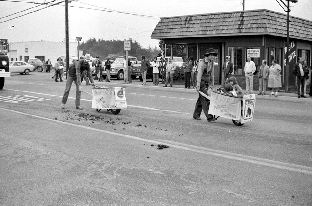 Cranberry parade, 1976