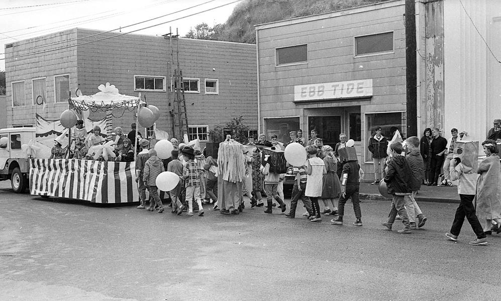 1966 Cranberry Festival parade