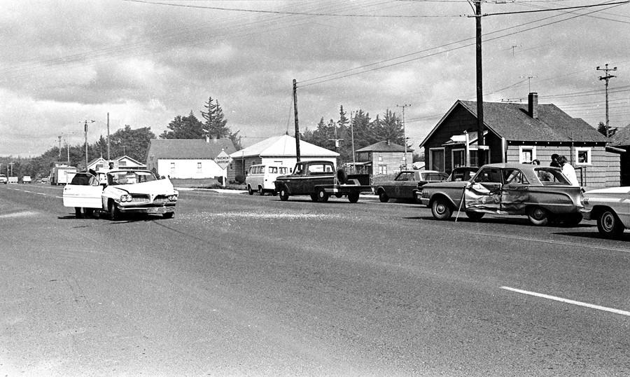 1966 traffic accident