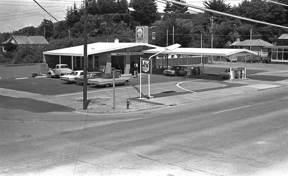 New Shell station June 1966