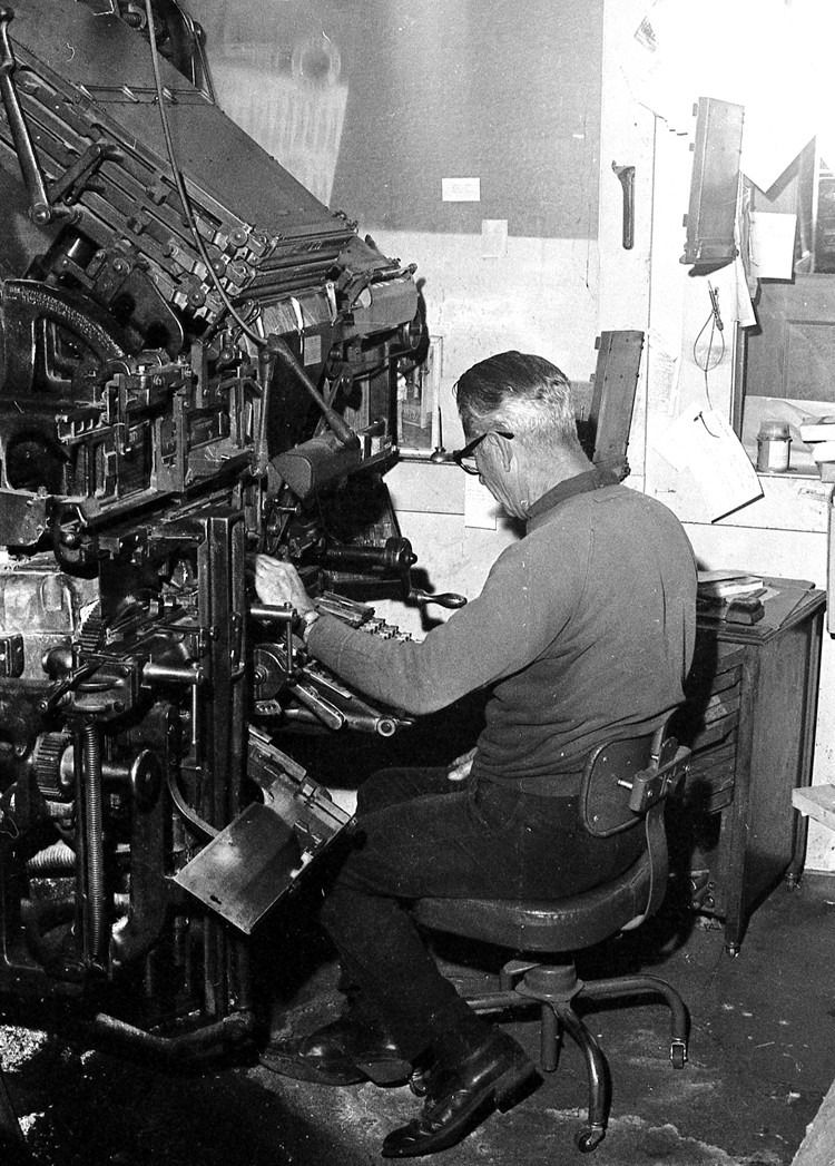 Bob Turner setting ads with a Linotype