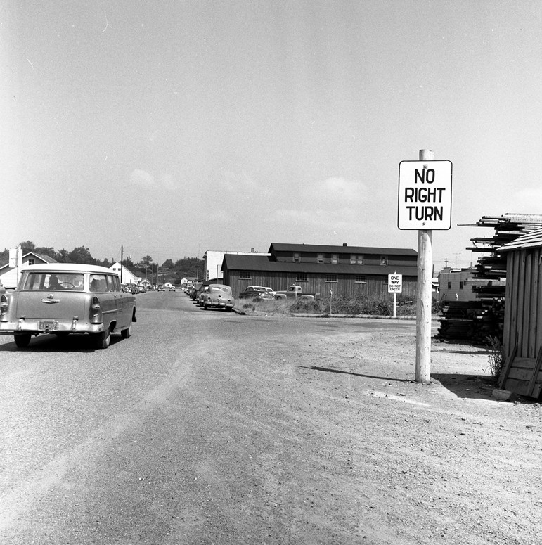 one-way street signs 1957
