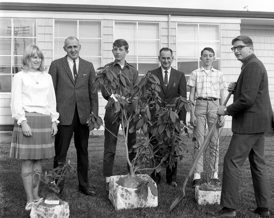 1966 Bandon High School beautification winners
