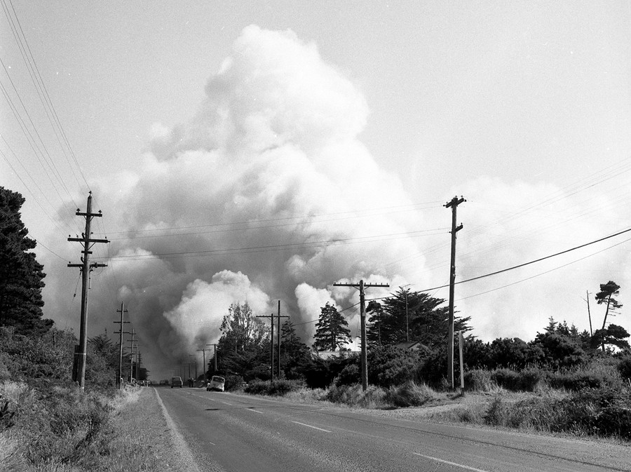 Gorse fire south of Bandon, 1957
