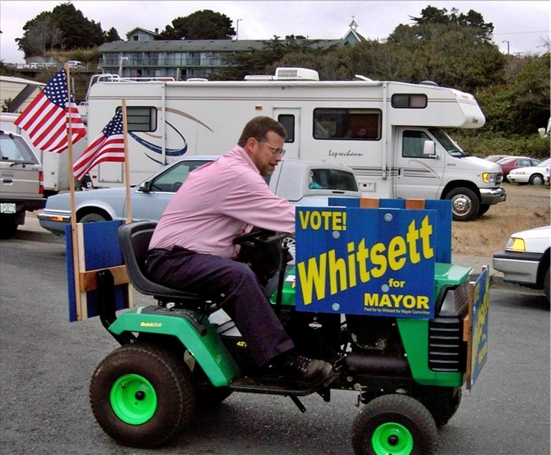 Former Bandon mayor Joe Whitsett